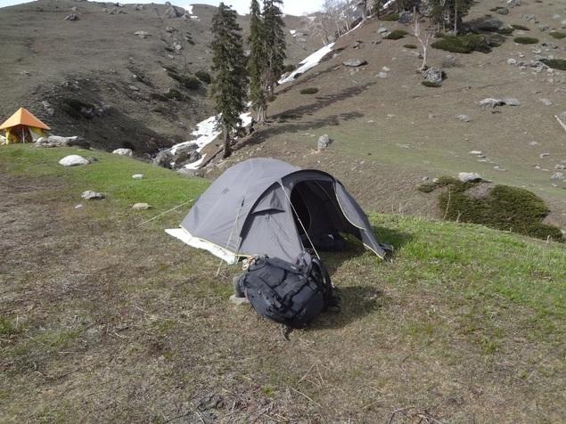 """Ma """"petite tente dans la prairie"""""""