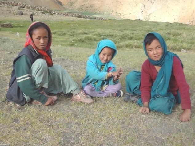 Petites filles à Damul