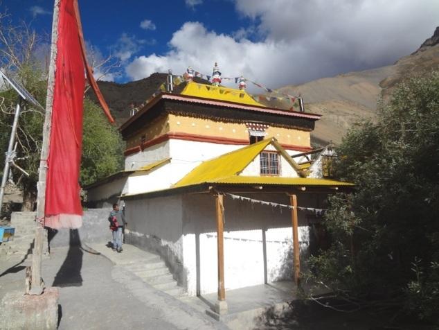 """Monastère de Lhalung (Ecole des Gelugpa ou """"Bonnets jaunes"""")"""