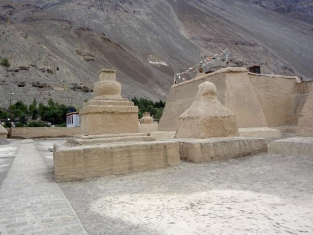 Stûpas - monastère de Tabo