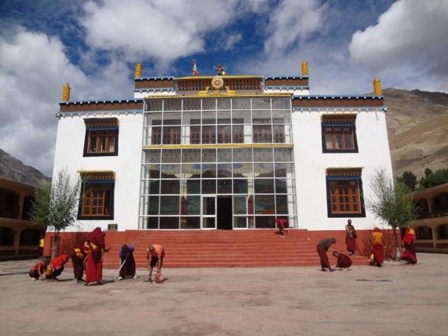 Monastère de Kungrî - nouveau bâtiment