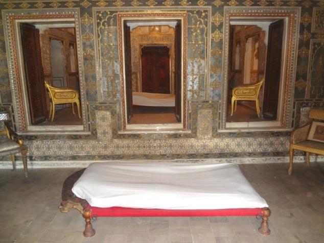 Chambres à coucher d'été et d'hiver (à l'intérieur) du maharadjah Gaj Singh (1745-1787).