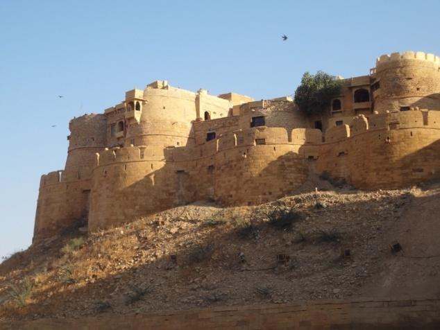 Les  remparts qui comptent pas moins de quatre-vingt-dix-neuf bastions au total.