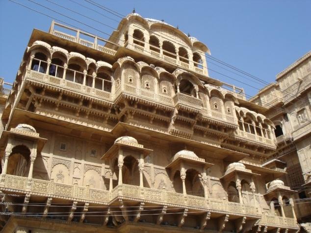 Le Gaj Vilas, le palais qui occupe une place centrale au coeur du fort.