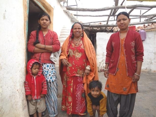 "Famille de potiers (""Kumhar"")."