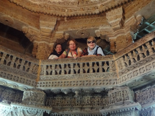 Découvrir des merveilles d'architecture (temples jains à Jaisalmer).