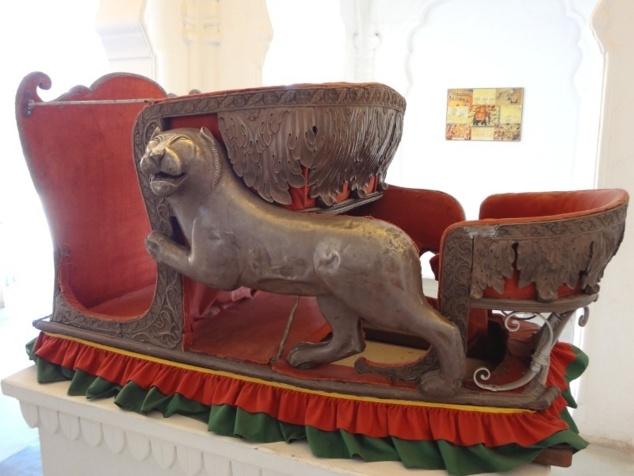 """""""Howdah"""" ou siège pour l'éléphant du maharadjah."""