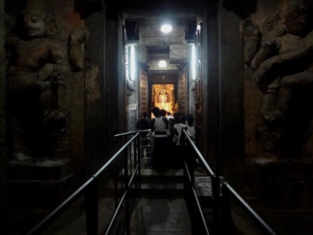 Au coeur du temple, à quelques pas du saint des saints.