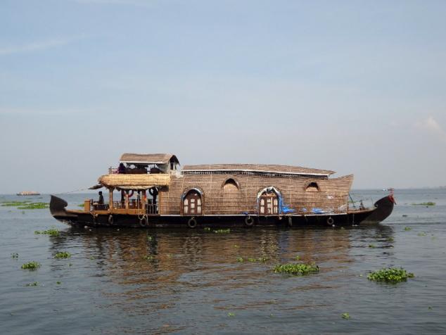 Les bateaux de transport de marchandises traditionnels, les