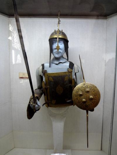 Guerrier moghol dans le musée à l'intérieur du fort. Les Moghols ont conquis et ont pu s'installer en Inde grâce à la supériorité de leurs armées.