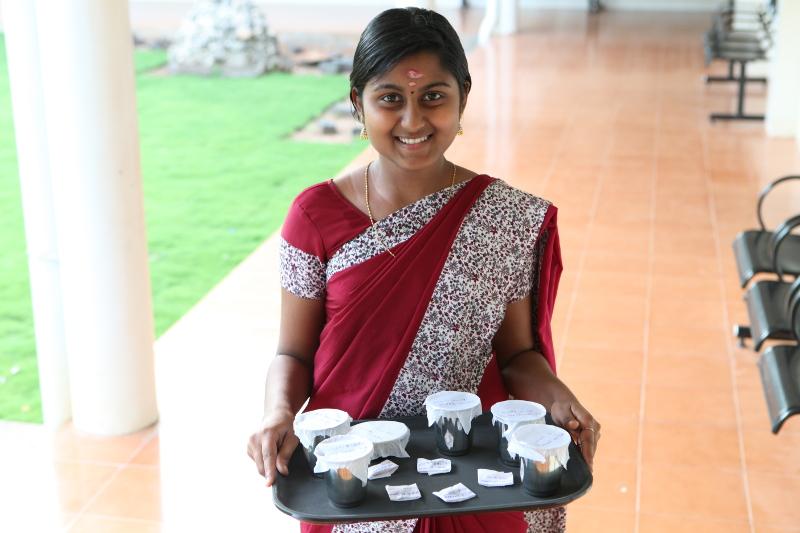 Thé et autres préparations servis dans les chambres