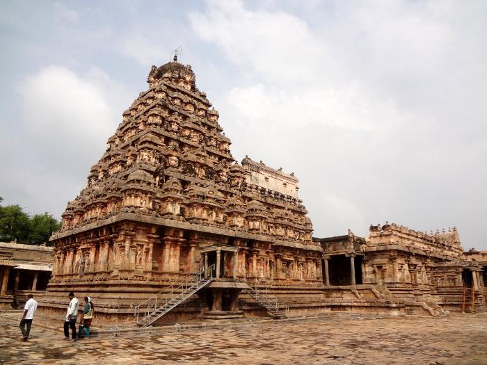 Temple dédié à Airâvateshvar (Shiva) situé à Darasuram. Temple Chola du XII ème siècle.